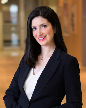 Kristen Traganas - Long Island Banking & Commercial Lending Lawyer